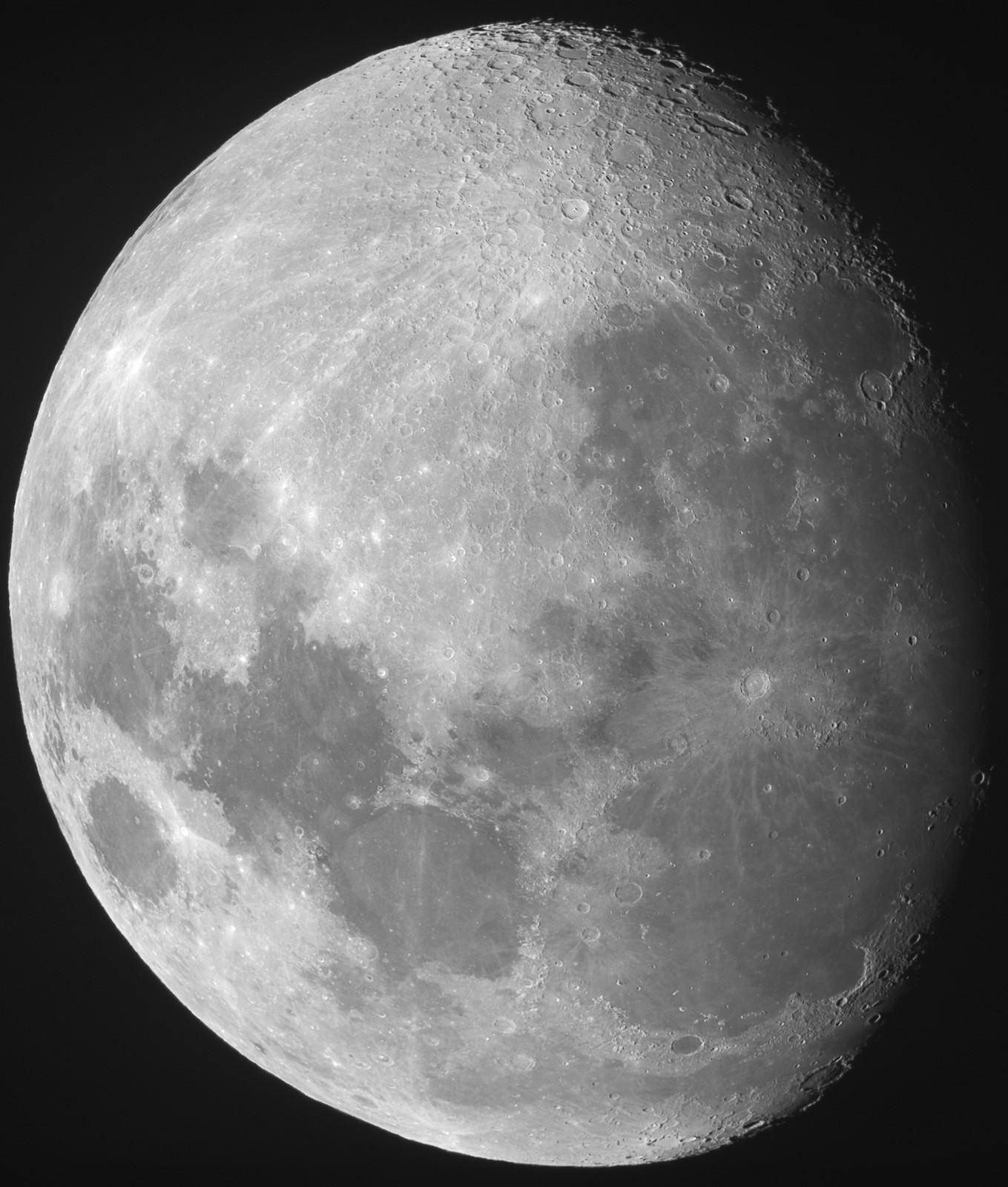 Moon1200pix_large_2